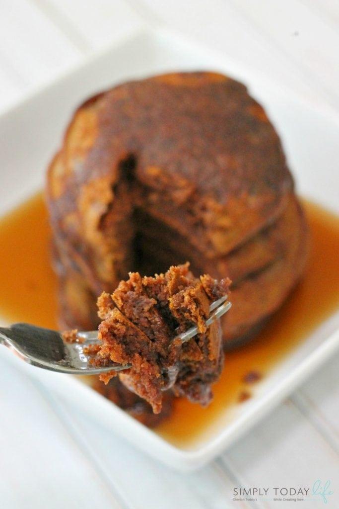Easy Breakfast Pumpkin Nutella Pancake Recipe - simplytodaylife.com