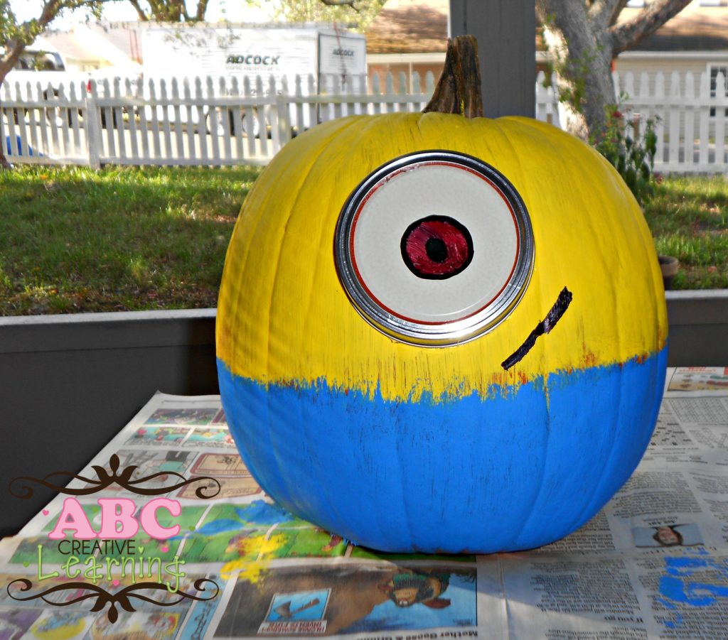 One Eyed Minion Pumpkin