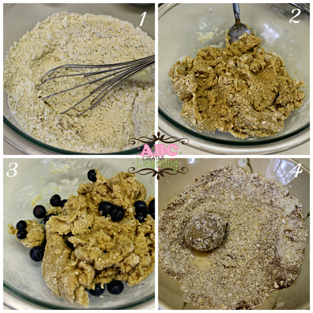 Baking Steps for Blueberry Streusel