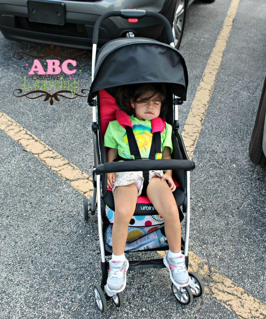 Urbini Stroller Feature large cover and reclining