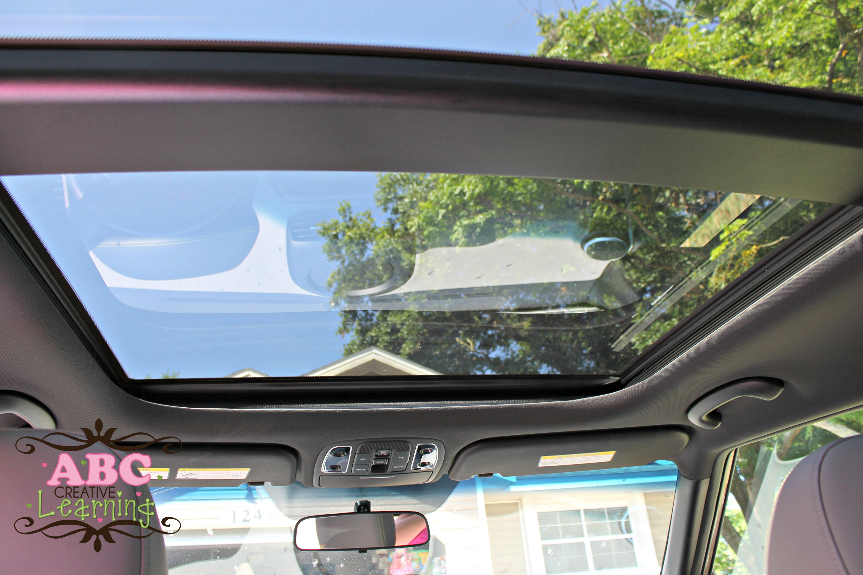 driving in the 2014 kia soul family friendly car review. Black Bedroom Furniture Sets. Home Design Ideas