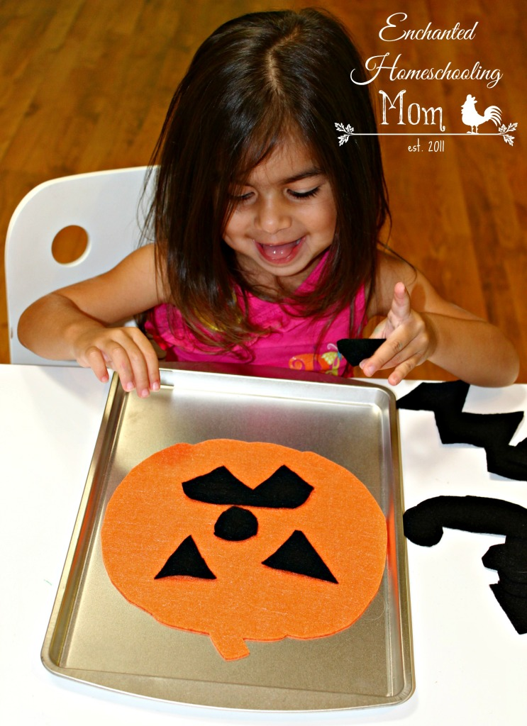Making Pumpkin Felt Faces