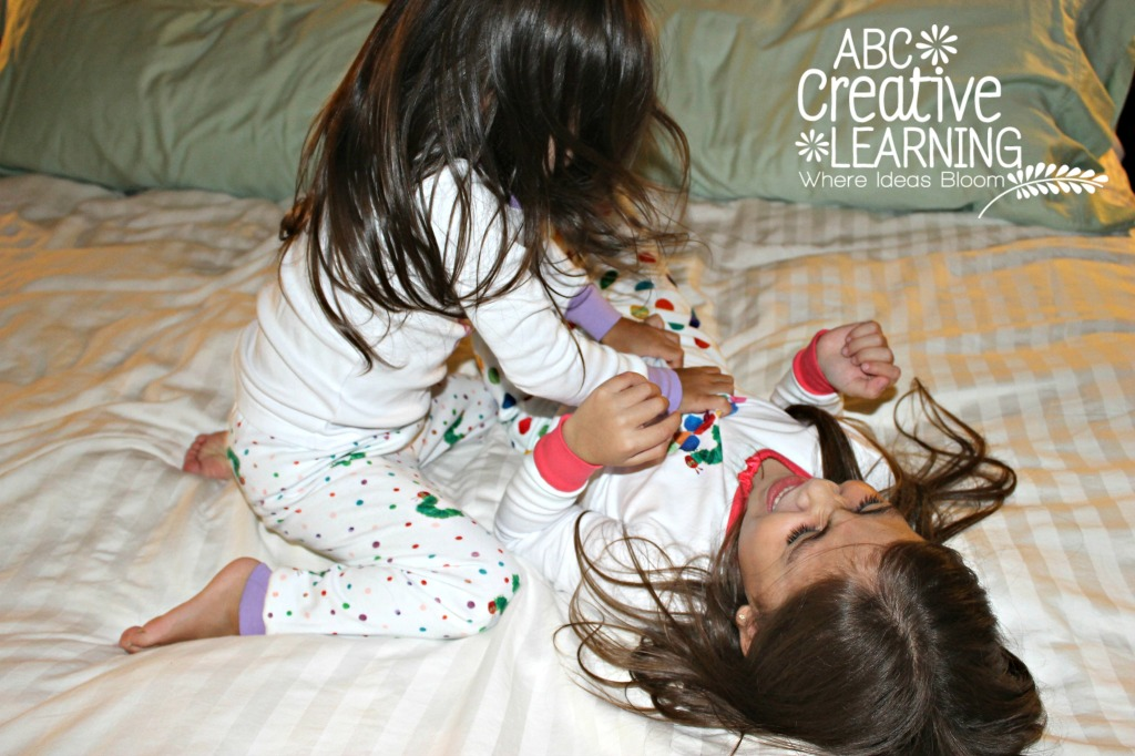 Tickles Before Bed with Eric Carle and Gymboree