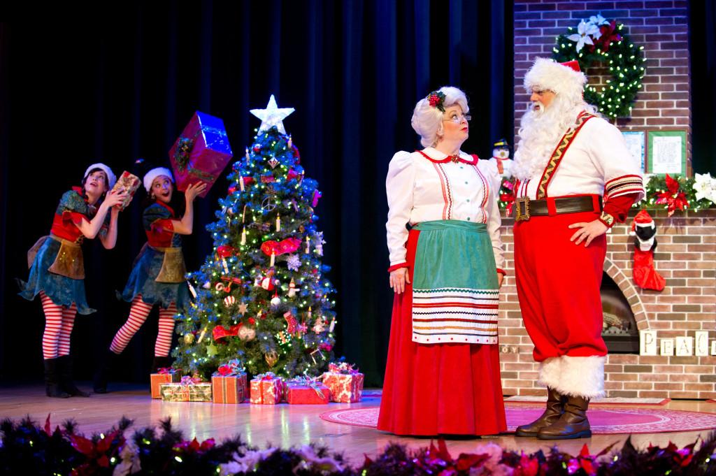 SeaWorld's Christmas Celebration Santa's Fireside Feast