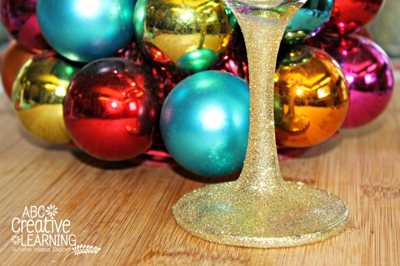 Add some Sparkle to your wine glass with a DIY Easy Glitter Craft