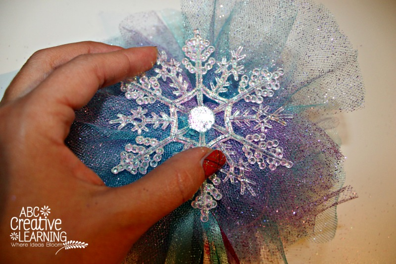Frozen and Christmas Inspired Dancing Wands Frozen Snowflake