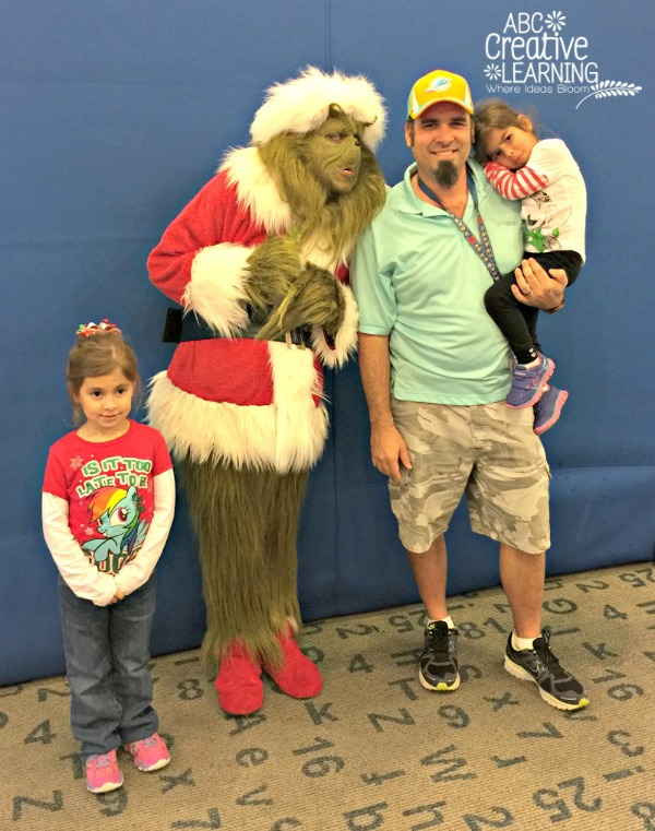 Meet and Greet the Grinch at Universal Studios Orlando Grinchmas