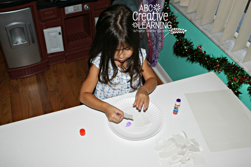 Snowman Paper Plate Craft for Kids