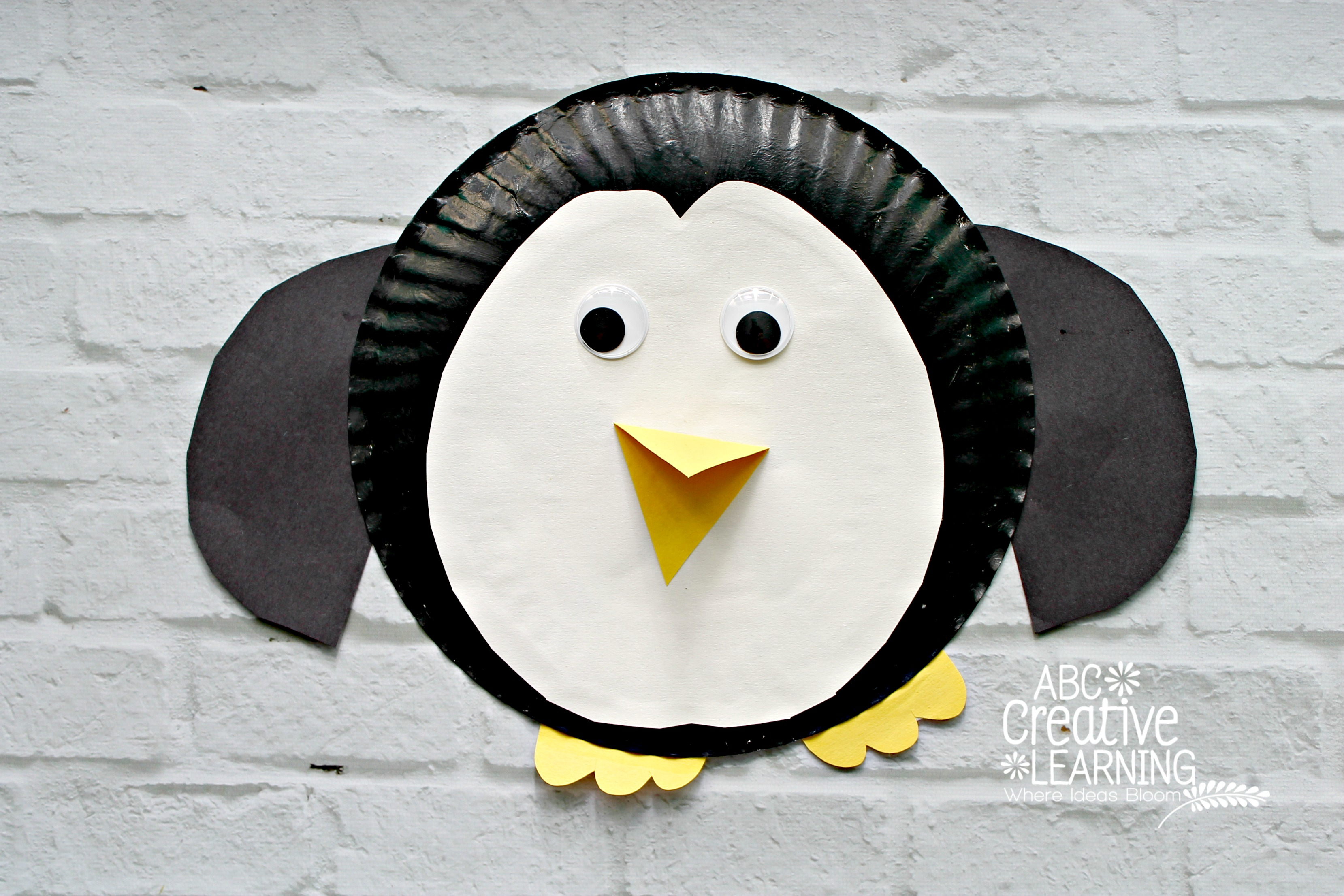Paper Plate Penguin Kids Craft Perfect for Arctic Unit : penguin paper plates - pezcame.com