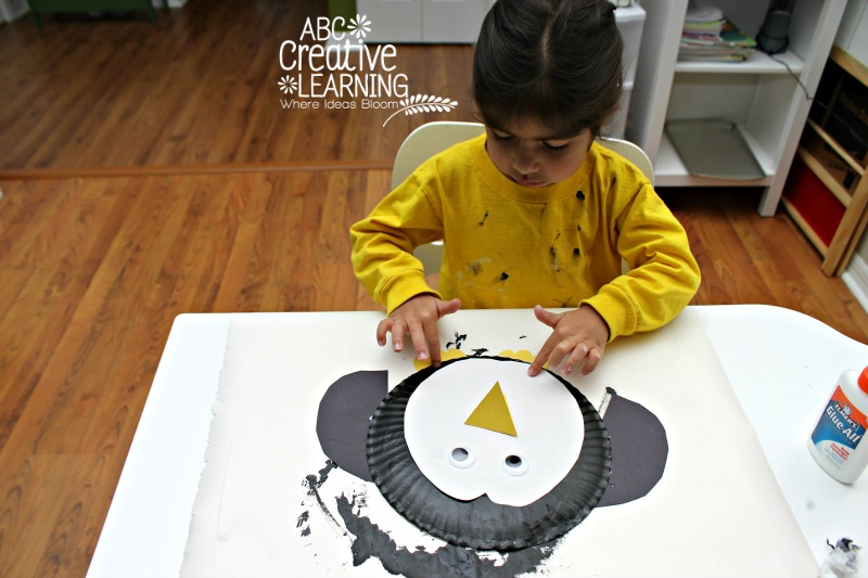 Paper Plate painted Arctic Penguin Kids Craft