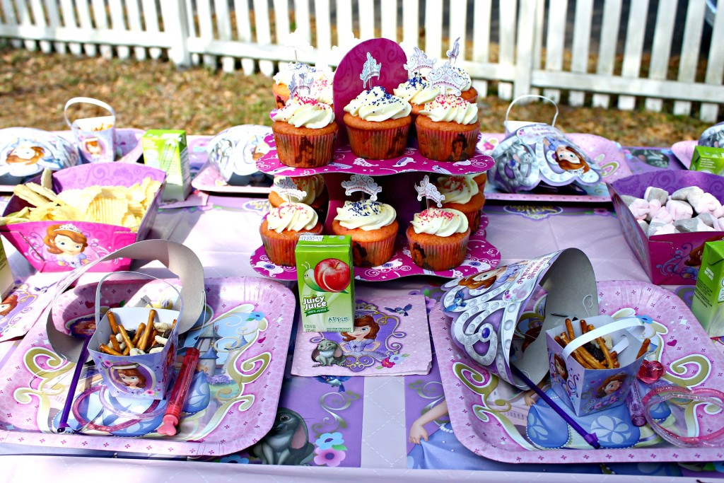 Hosting a Princess Tea Party #DisneySide Celebration Tea Party