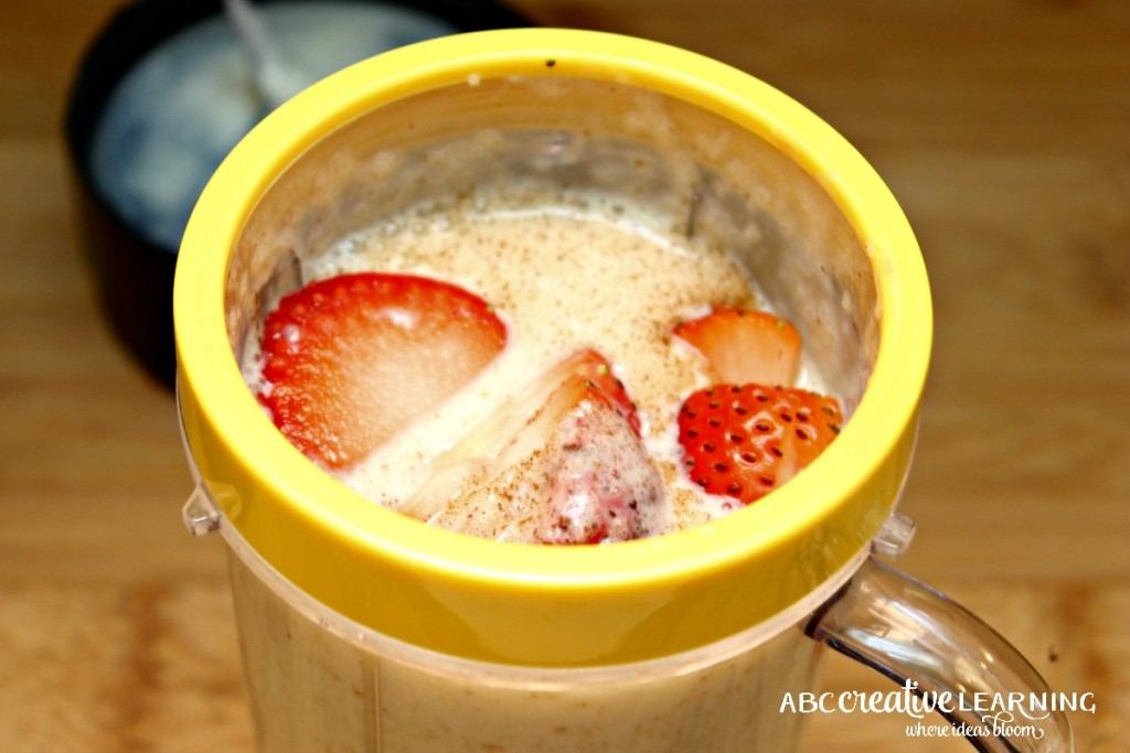 Breakfast Avena Smoothie Recipe Strawberries