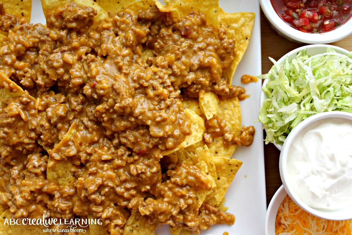 Easy Taco Nacho Recipe Layering