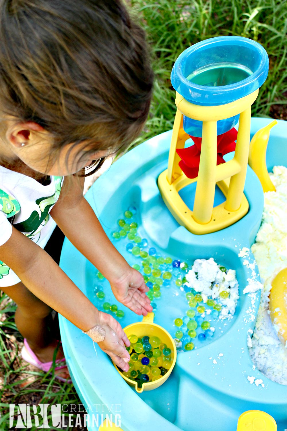 Sensory Play with the Minions Water Beads