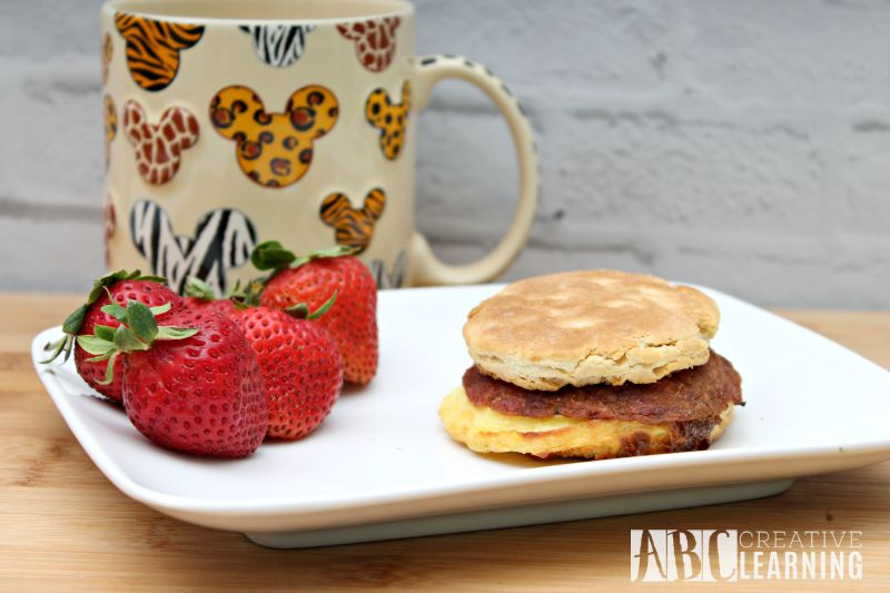 Breakfast on the go with Jimmy Dean Sandwiches and Bowls