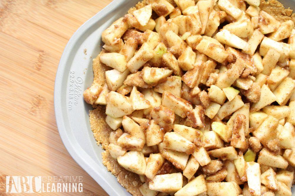 Simple Apple Pie with Sea Salt Caramel Apple Granola Crust apple filling