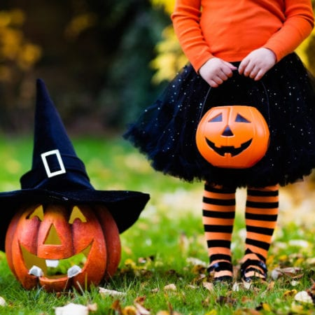 Tips For Trick Or Treating With Kids