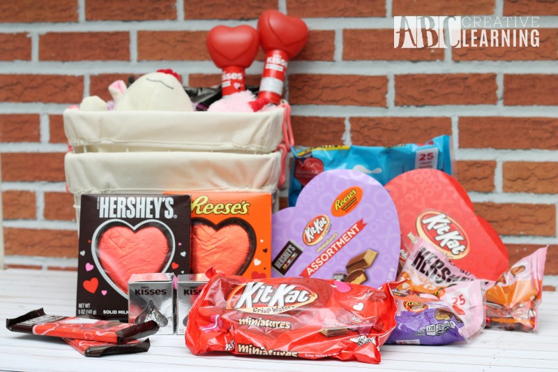 Valentine Basket for Kids and Free Valentine Card Printable Hershey's