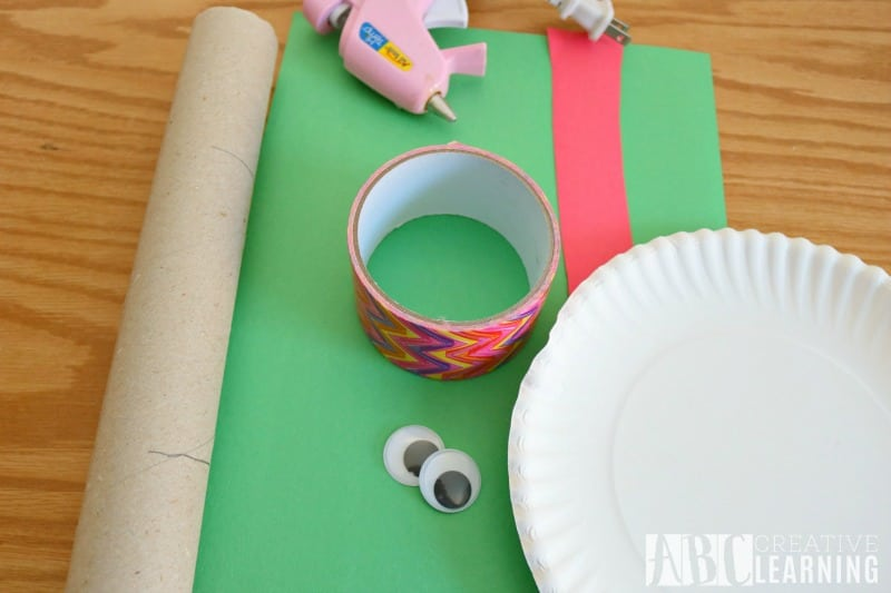Paper Plate Frog Coin Bank materials