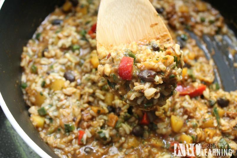 Easy Summer Skillet Meals and Dessert Pot