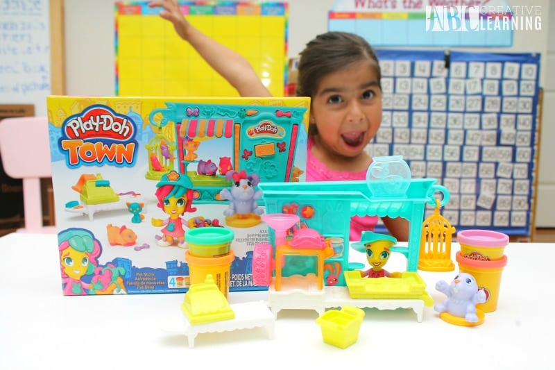 Lasting Imagination and Storytelling with Play-Doh Pet