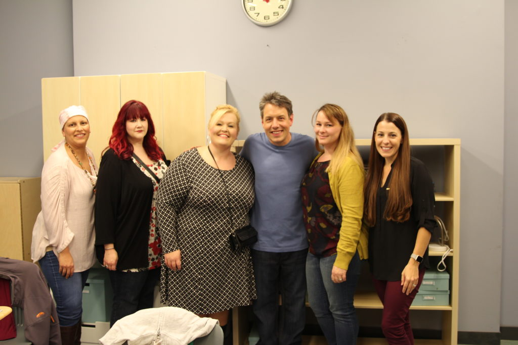Speechless Set Visit and Cast Interviews #ABCTVEvent Silveri John Bowie