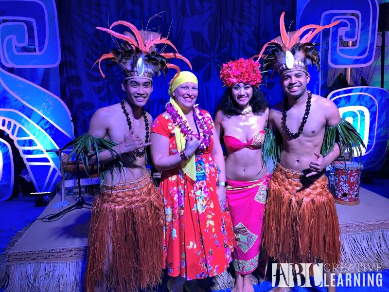 moanaevent-red-carpet-premier-dancers
