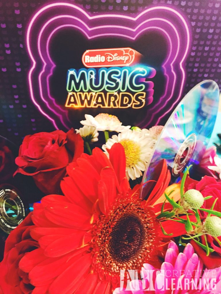 Radio Disney Music Awards Party Ideas + Trivia Questions #RDMAEvent