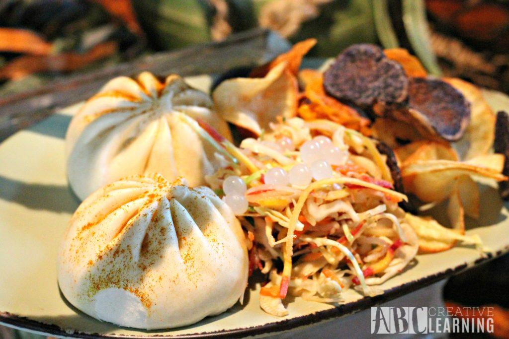 Pandora - World of Avatar at Disney's Animal Kingdom   5 Things To Experience #VisitPandora Burger Pods