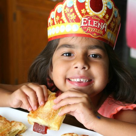 Easy Pastelillo de Guayaba y Queso – Guava and Cheese Pastry #DisneyJuniorFRiYAY