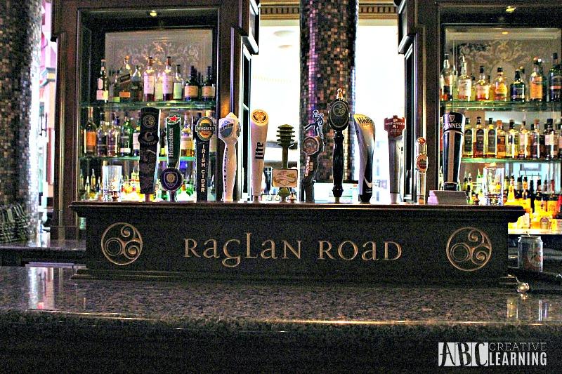 5 Reasons To Eat At Raglan Road At Disney Springs With The Family Pub