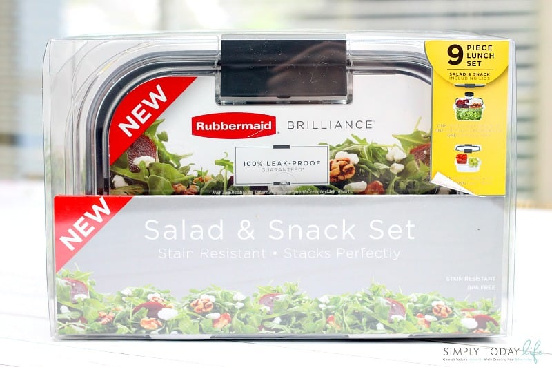 On The Go Easy Healthy Lunch Hack with Rubbermaid Salad and Snack Set