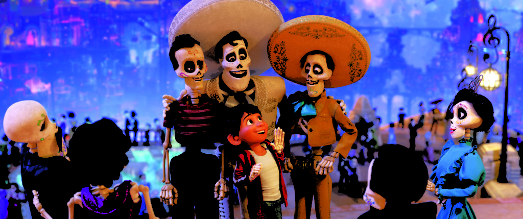 Family Friendly COCO Movie Review | A Culturally Filled Vibrant Adventure #PixarCOCO
