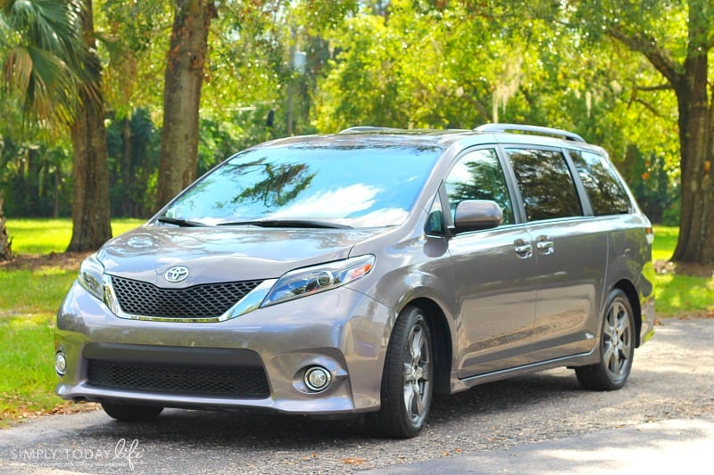 Reasons The Toyota Sienna SE Is The Perfect Family Car