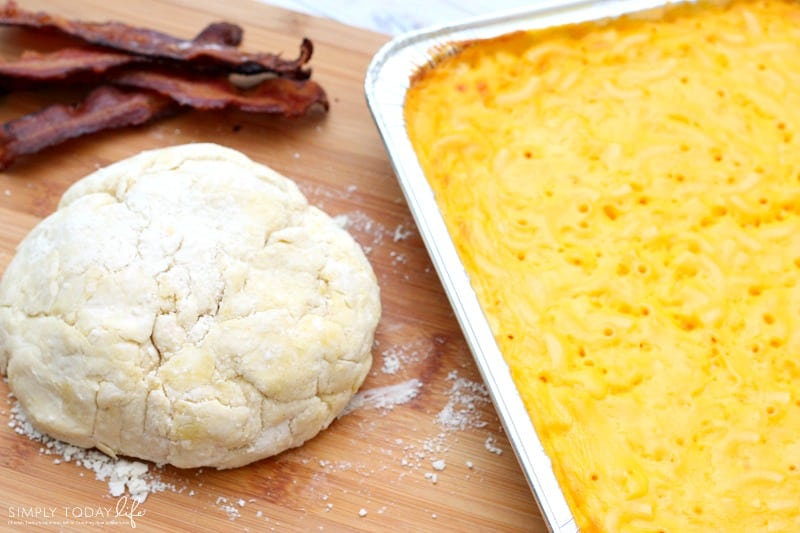 Semi-Homemade Bacon Mac and Cheese Empanadas Recipe with Stouffer's