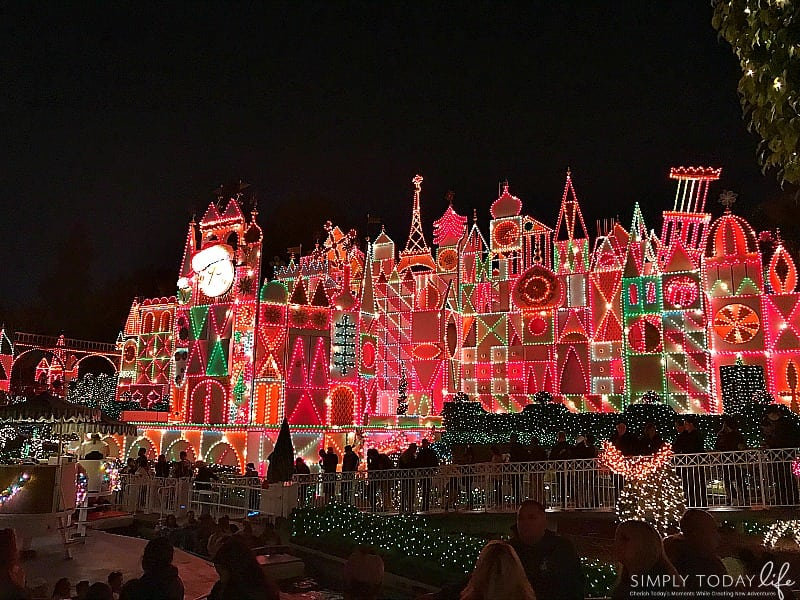 Experiencing Holiday Time at Disneyland and The Last Jedi on Star Tours - It's A Small World Holidays