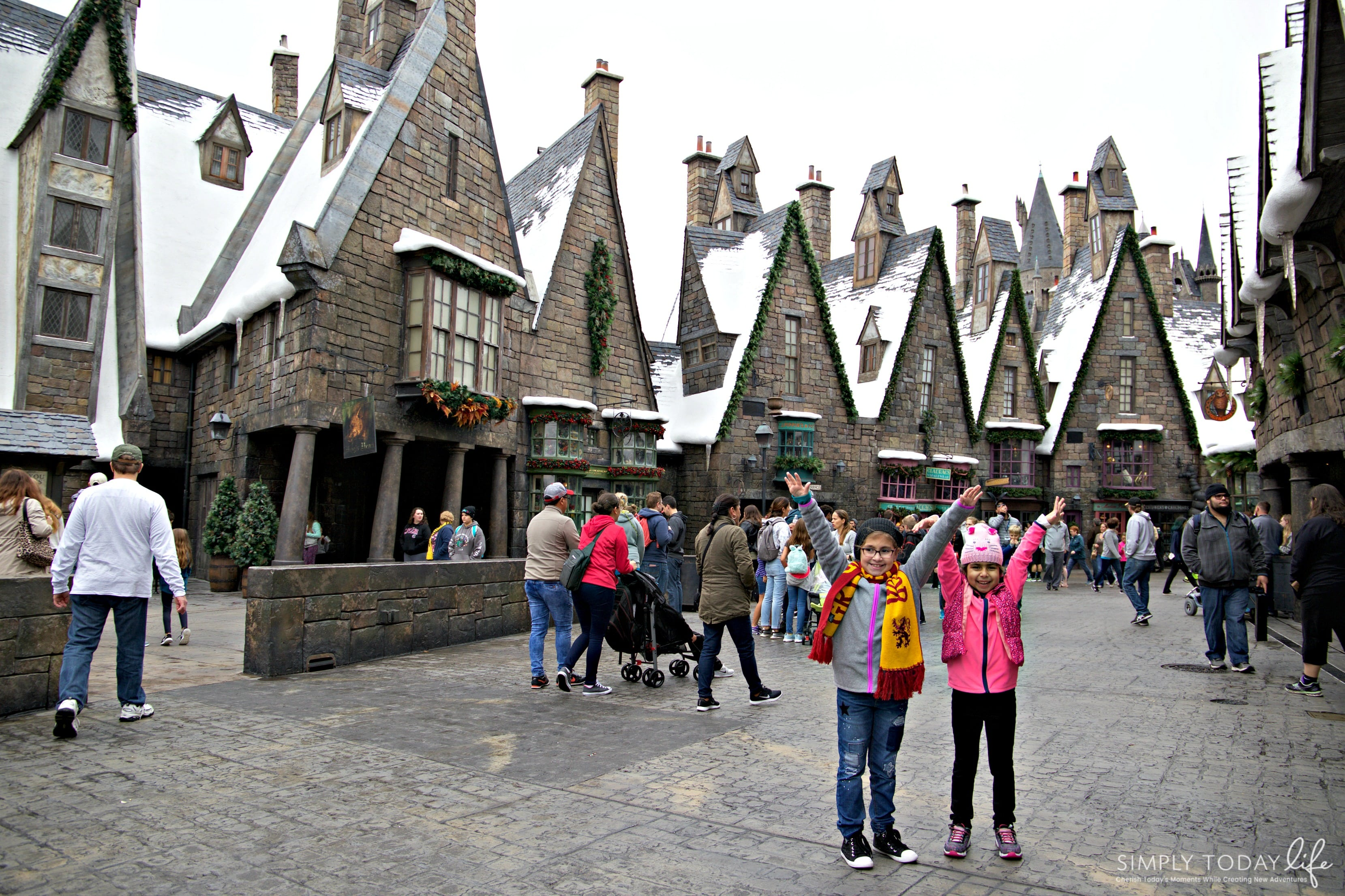 Family Guide To Celebrating the Holidays at Universal Orlando Resort - Hogwarts Holidays