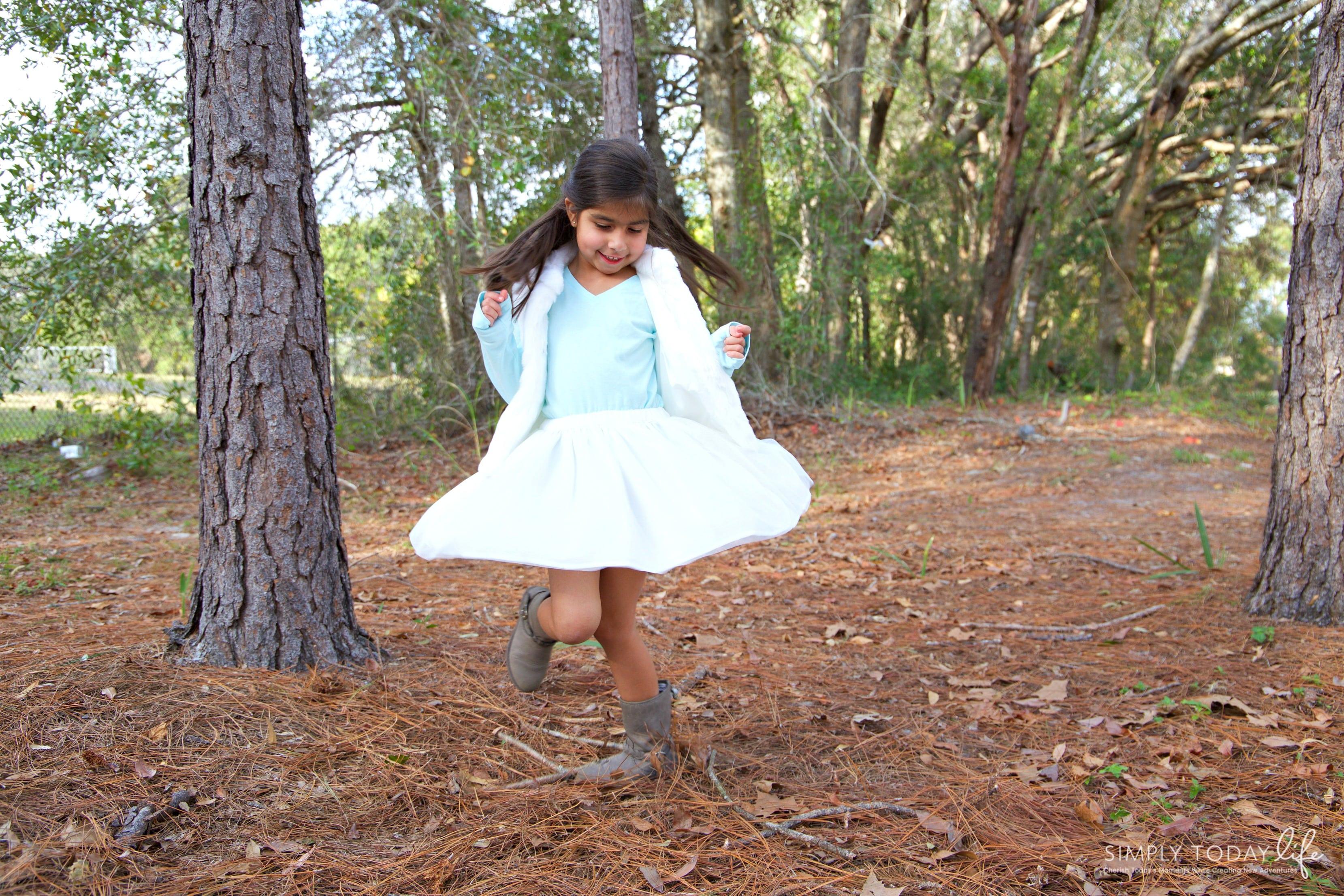 Meaningful Family Holiday Traditions + $50 OshKosh B'gosh Giveaway - Holiday Dance