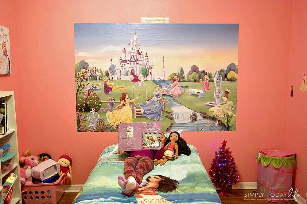 The Perfect Holiday Gift For Kids Who Have Everything - Princess Mural