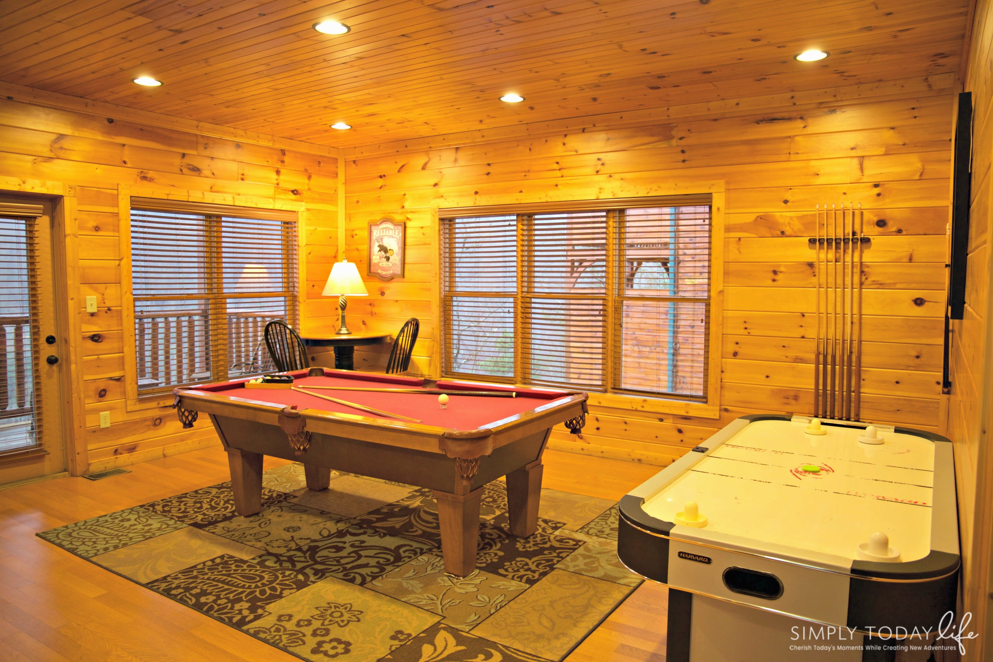 forge tennesee delight rental cabins sevierville bedroom afternoon cabin pigeon