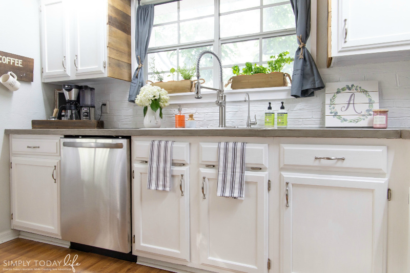 Painting Kitchen Cabinets With Chalk, How To Chalk Paint Cabinets