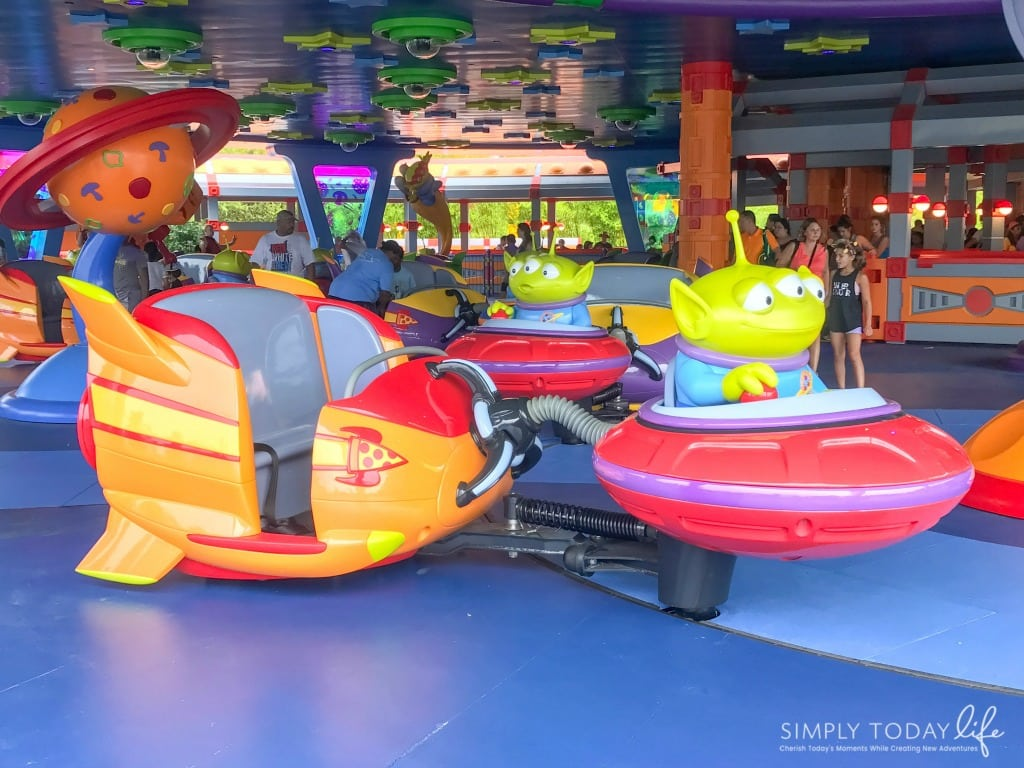 Alien Swirling Saucers at Toy Story Land Disney