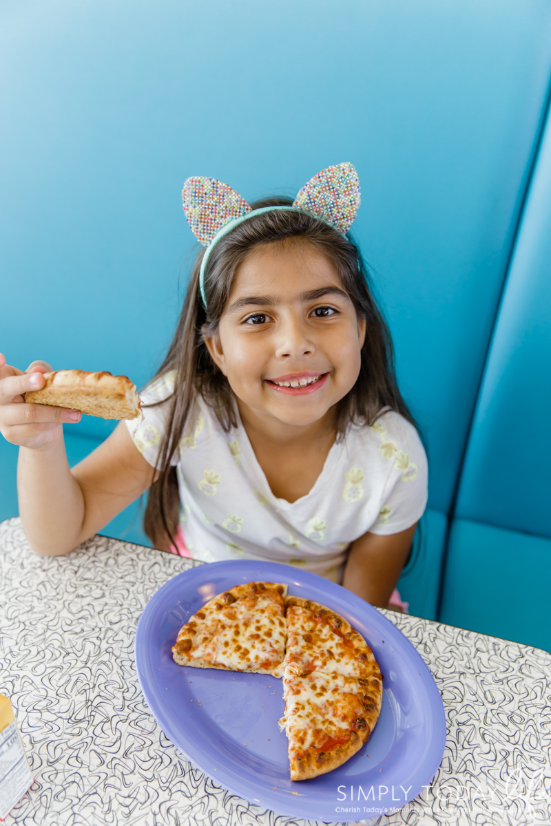 Cabana Bay Resort Bayliner Diner Kids