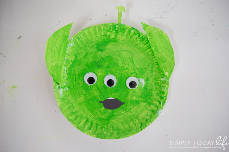 Toy Story Alien Paper Plate Craft For Preschoolers