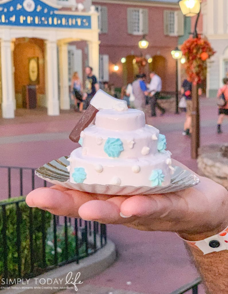 Constance's For Better Or For Worse Wedding Cake at Disney